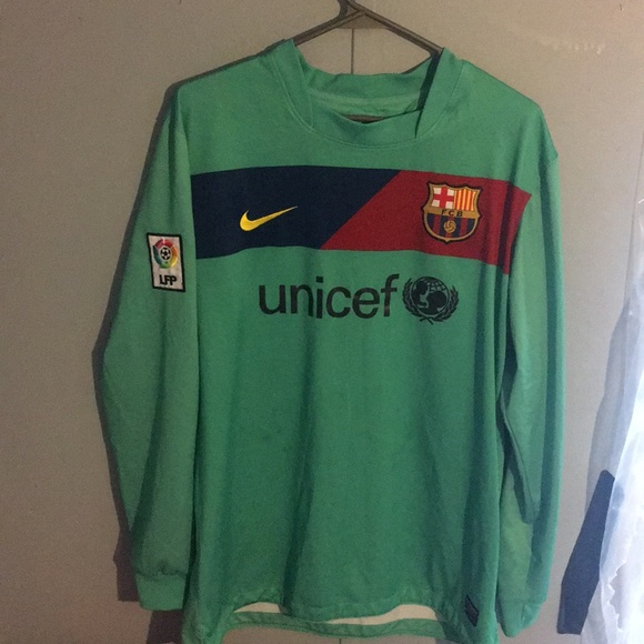 low priced 27165 22f03 SALE! RARE Nike Messi Long Sleeve Jersey